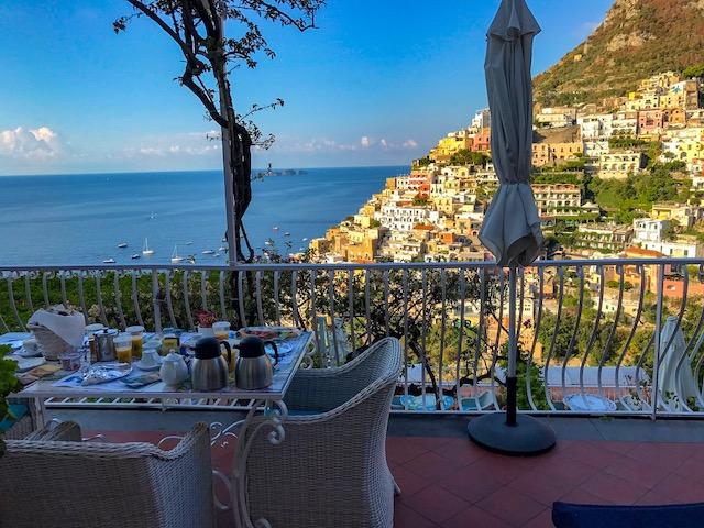 Buddymoon in Italy Positano Amalfi Coast